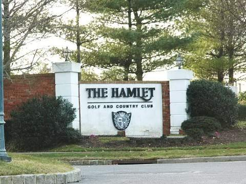 The Hamlet Golf and Country Club in Commack