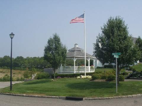 Country Pointe Woods at Manorville 55 and over